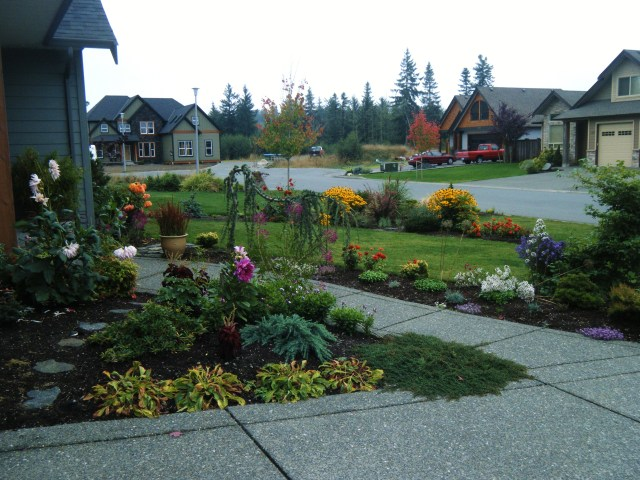Attractive landscaping provides great curb appeal, and increases the value of your home!