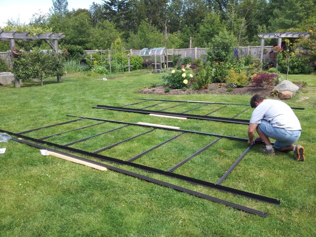 Greenhouse sidewalls